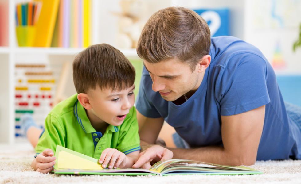 ¿Cuánto tiempo tengo que dedicar cada día a enseñar a leer a mi hijo?